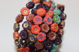 Hawaiian flowers 8 mm mix colours and surfaces